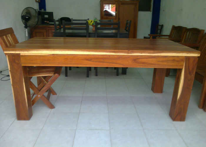 Mesa comedor modelo rústica